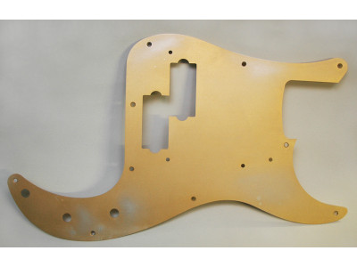 Qparts AG6165044 Aged Collections 59er Pickguard, Aluminium gold anodized für P-Bass Modelle